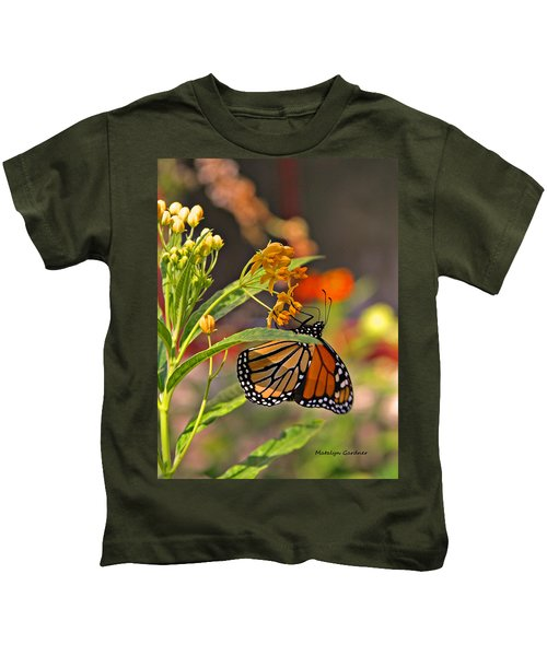 Clinging Butterfly Kids T-Shirt