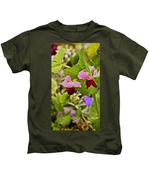 2015 Summer's Eve At The Garden Sweet Pea 2 Kids T-Shirt