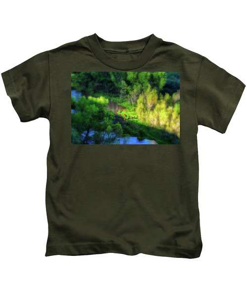 3 Horses Grazing On The Bank Of The Verde River Kids T-Shirt