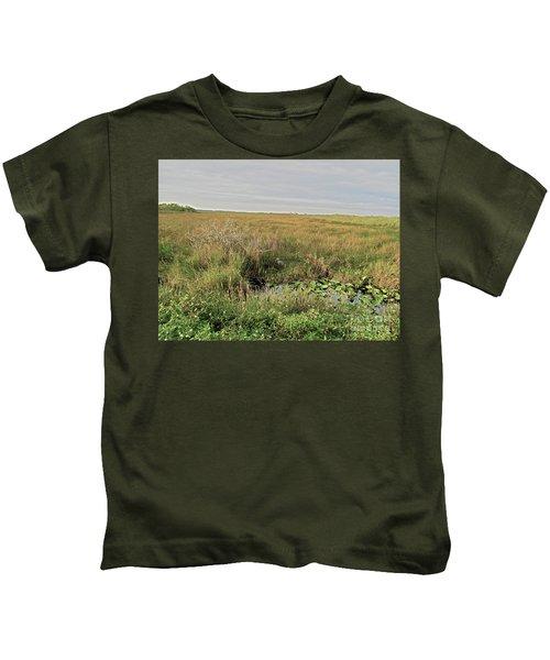 A Blue Heron Among The Glades Kids T-Shirt