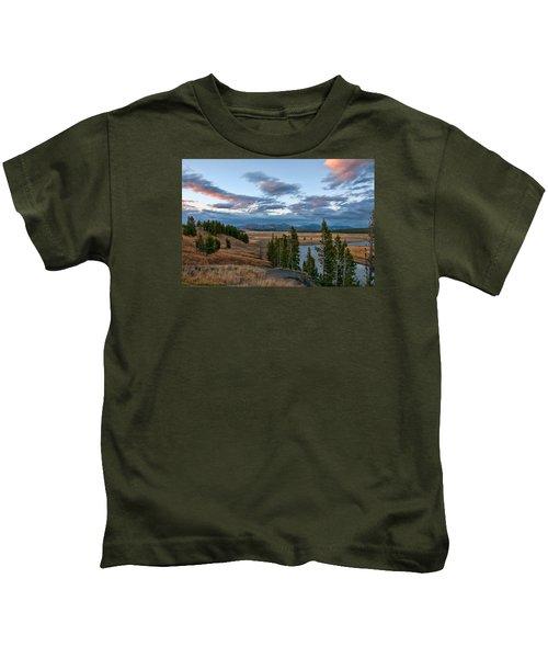 A Fall Evening In Hayden Valley Kids T-Shirt