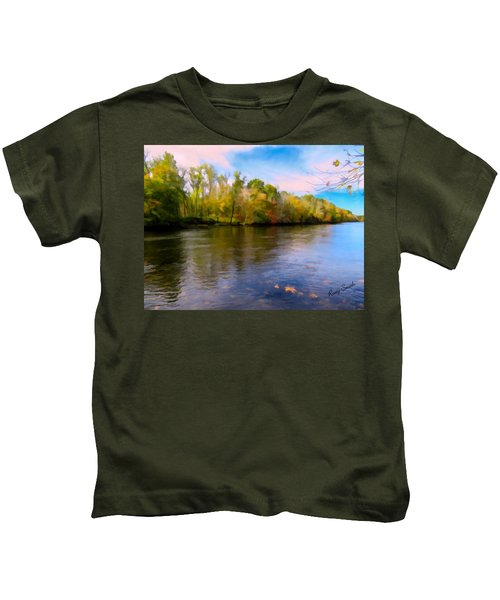 A Wide Scenic View Of Shetucket River. Kids T-Shirt