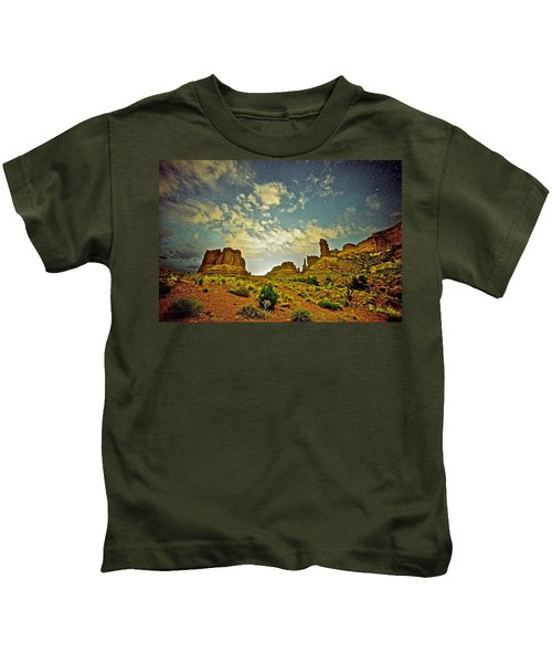 A Wondrous Night Kids T-Shirt
