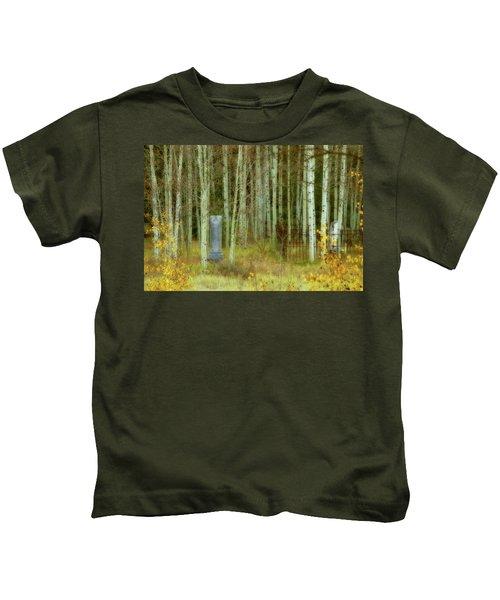Alvarado Cemetery 41 Kids T-Shirt