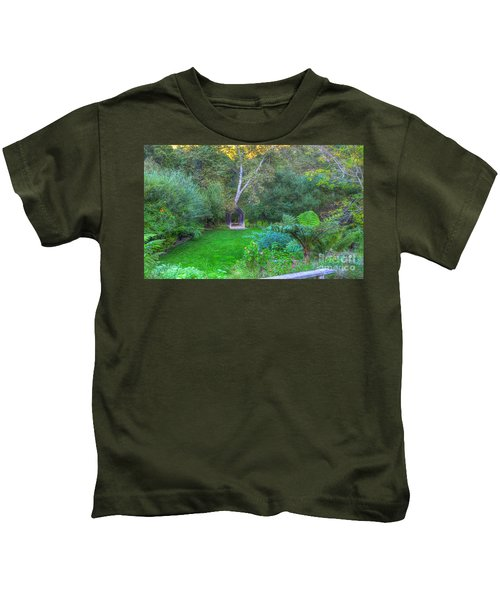 Arch Scene In The Green Kids T-Shirt