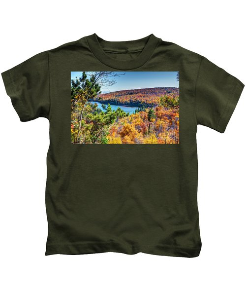 Autumn Colors Overlooking Lax Lake Tettegouche State Park II Kids T-Shirt
