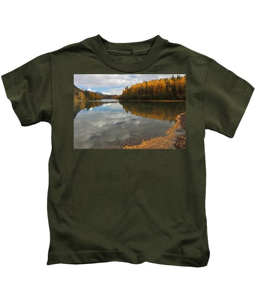 Autumn In Alaska Kids T-Shirt