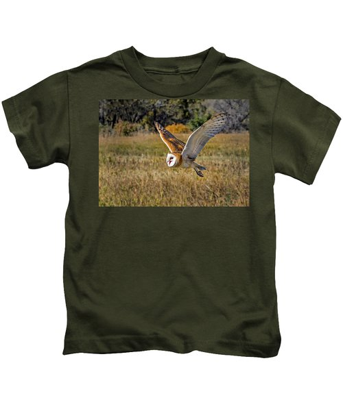 Barn Owl Flight 6 Kids T-Shirt