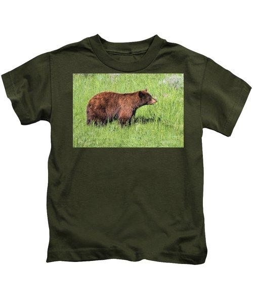 Bear Eating Daisies Kids T-Shirt