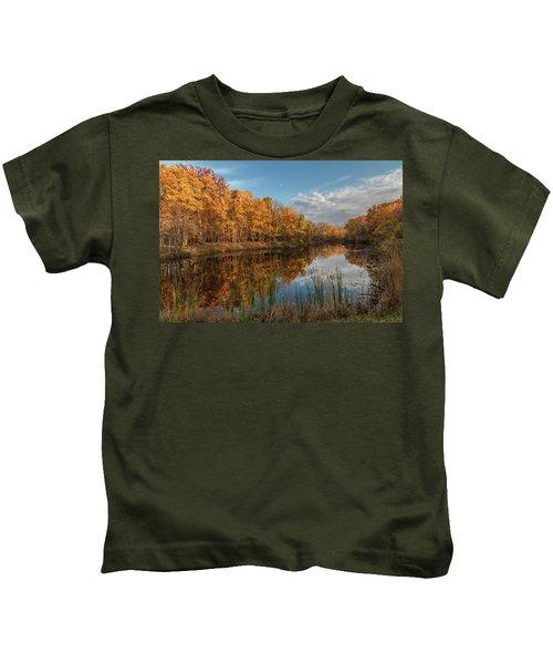 Beyer's Pond In Autumn Kids T-Shirt