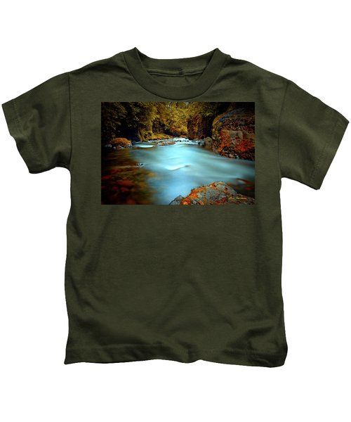 Blue Water And Rusty Rocks Signed Kids T-Shirt