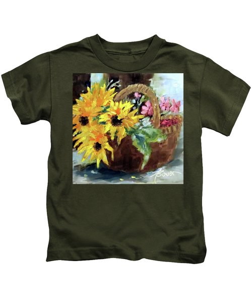 Bringing In The Sunshine  Kids T-Shirt