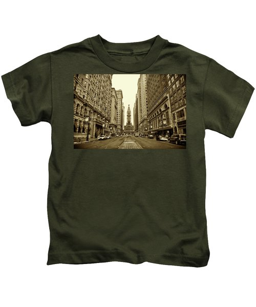 Broad Street Facing Philadelphia City Hall In Sepia Kids T-Shirt