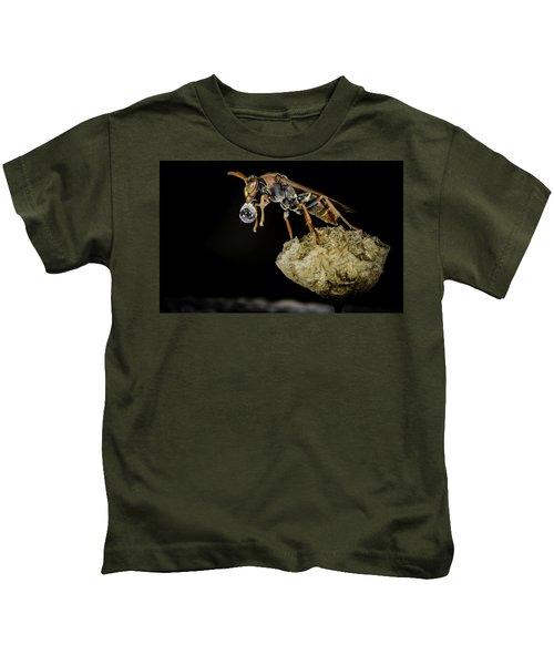 Bubble Blowing Wasp Kids T-Shirt