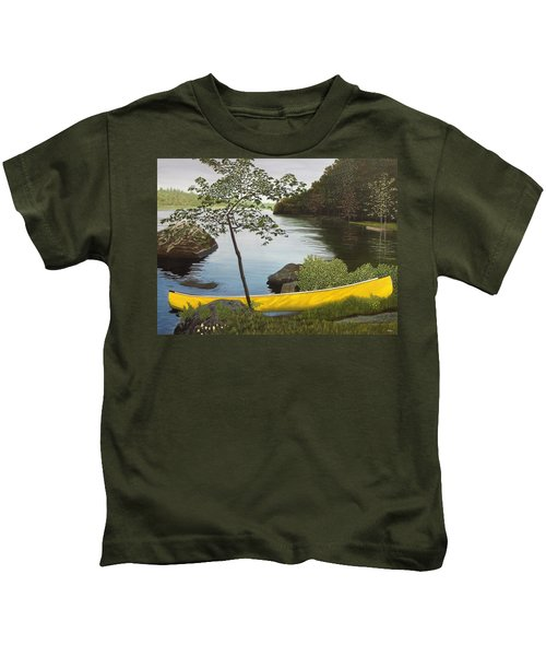 Canoe On The Bay Kids T-Shirt