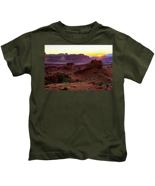 Capitol Reef Sunrise Kids T-Shirt