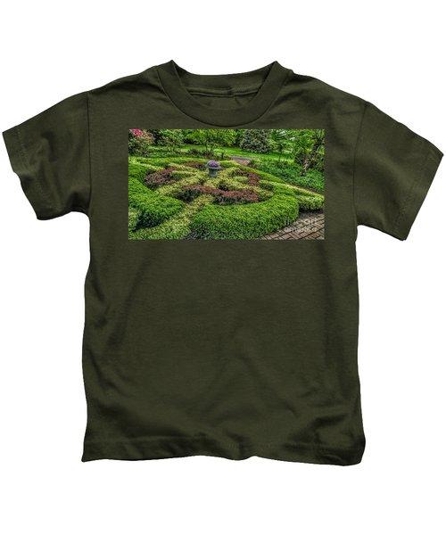 Celtic Topiary At Frelinghuysen Arboretum Kids T-Shirt