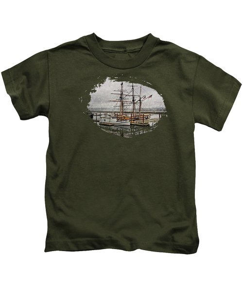 Chelsea Rose And Tall Ships Kids T-Shirt