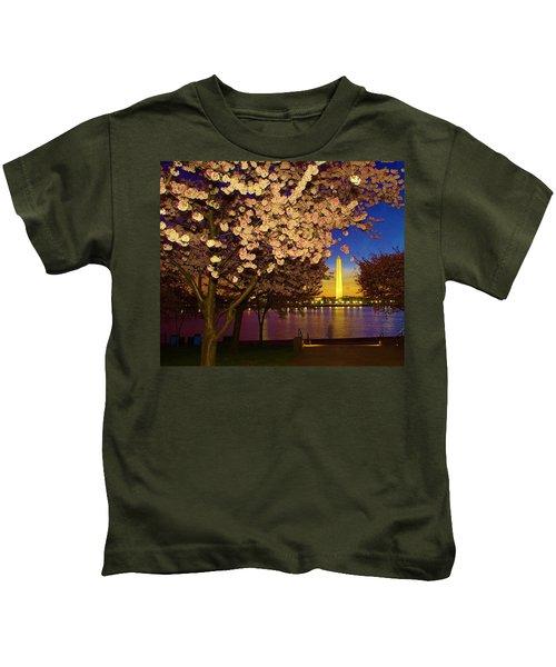 Cherry Blossom Washington Monument Kids T-Shirt