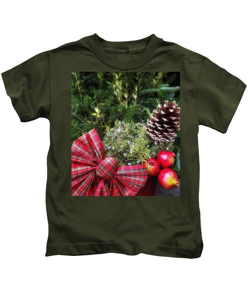 Christmas Arrangement Kids T-Shirt