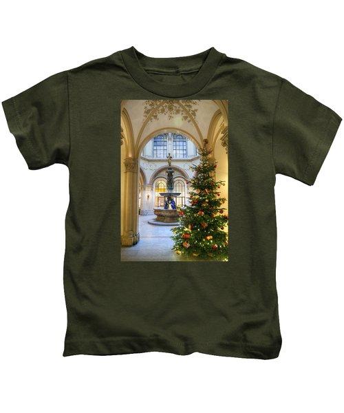 Christmas Tree In Ferstel Passage Vienna Kids T-Shirt