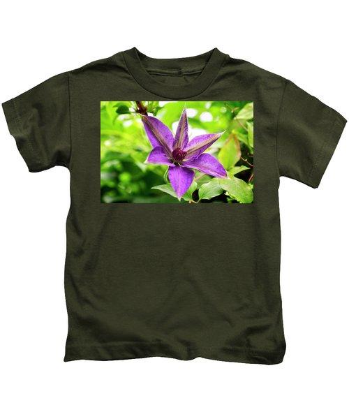 Clematis Vine II Kids T-Shirt