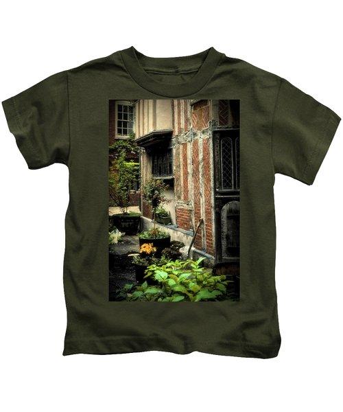 Cloister Garden - Cirencester, England Kids T-Shirt
