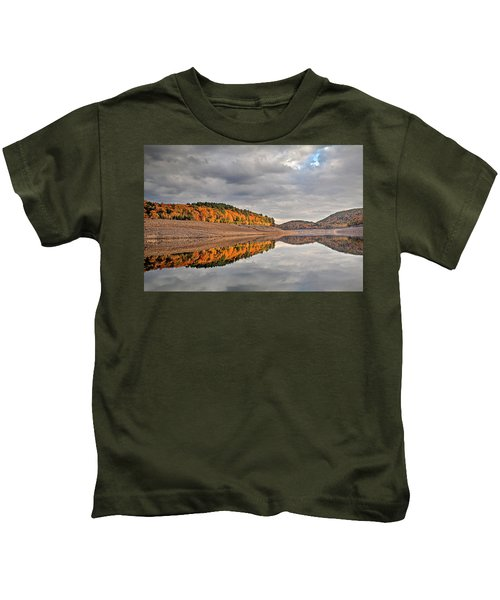 Colebrook Reservoir - In Drought Kids T-Shirt