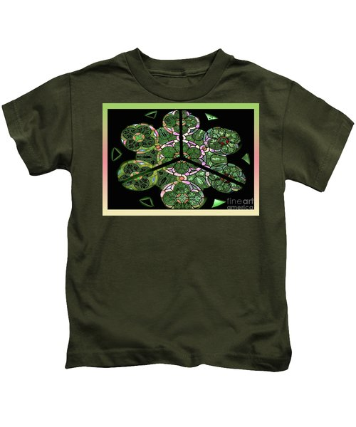 Colorful Rosette In Pink-green Kids T-Shirt