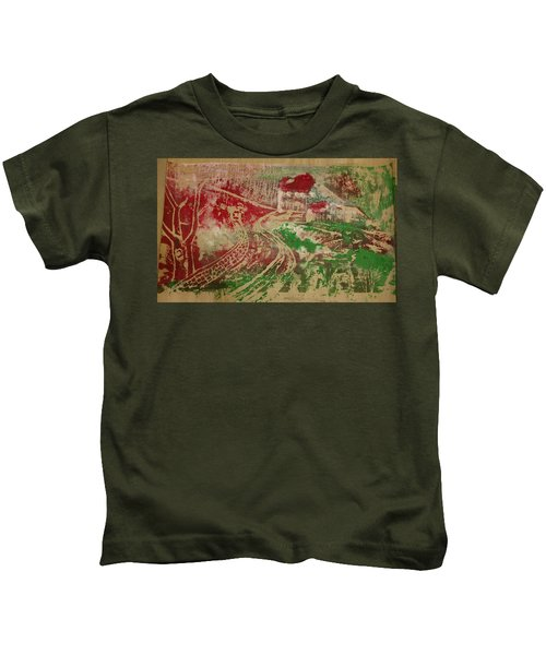 Country Home With Cottage Kids T-Shirt