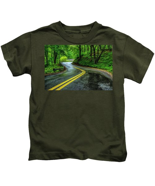 Country Road In Spring Rain Kids T-Shirt