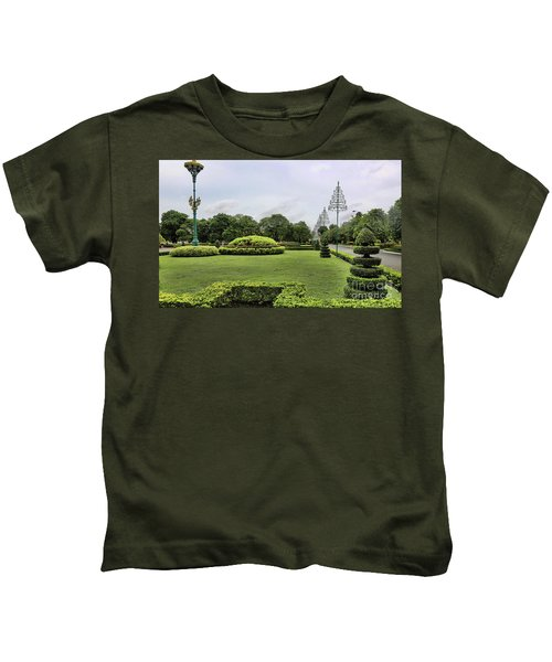 Courtyard Palace  Kids T-Shirt
