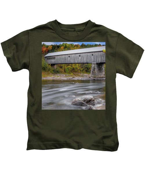 Covered Bridge In Vermont With Fall Foliage Kids T-Shirt