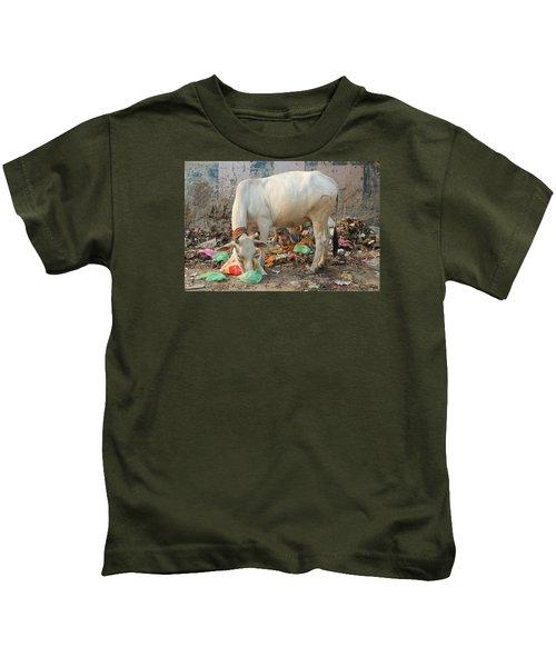 Cow Eating Garbage, Vrindavan Kids T-Shirt