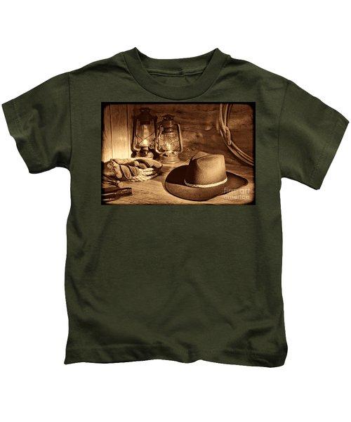 Cowboy Hat And Kerosene Lanterns Kids T-Shirt