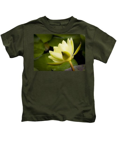 Dreamy Water Lilly Kids T-Shirt