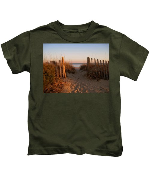 Early Morning At Myrtle Beach Sc Kids T-Shirt
