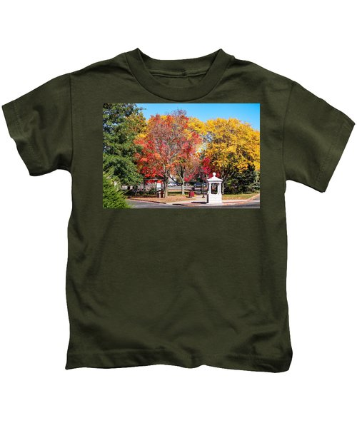 Easthampton Center In The Fall Kids T-Shirt