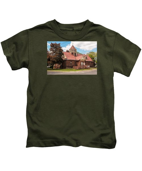 Emily Williston Memorial Library And Museum Kids T-Shirt