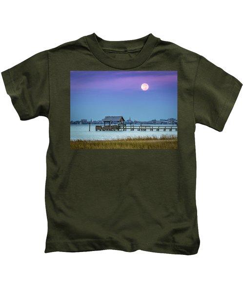 Fall Moon And King Tide - Charleston Sc Kids T-Shirt