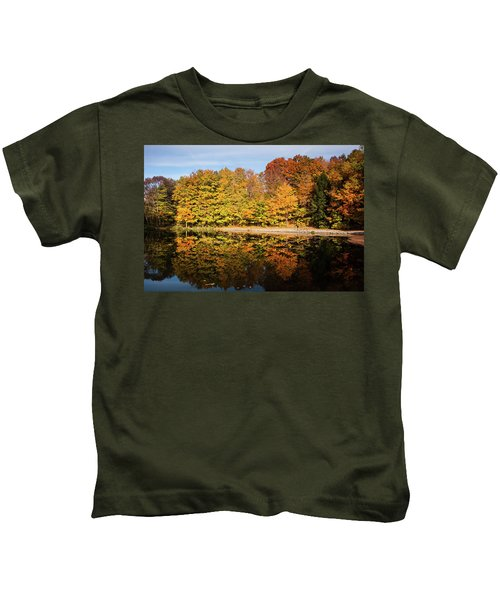 Fall Ontario Forest Reflecting In Pond  Kids T-Shirt