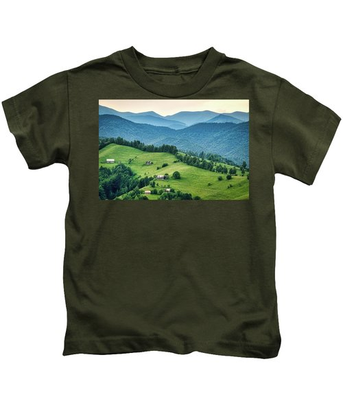 Farm In The Mountains - Romania Kids T-Shirt