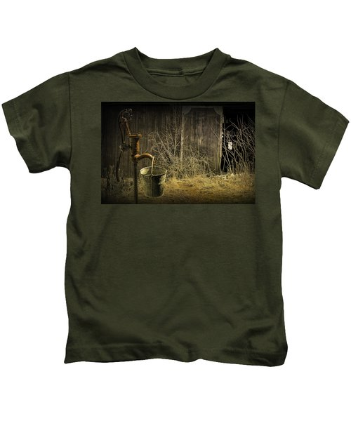 Fetching Water From The Old Pump Kids T-Shirt