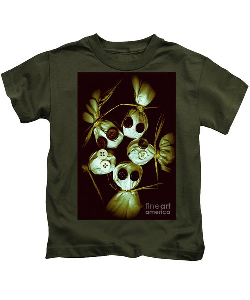 Five Halloween Dolls With Button Eyes Kids T-Shirt