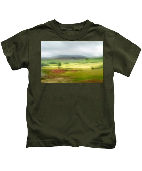 heading north of Yorkshire to Lake District - UK 1 Kids T-Shirt
