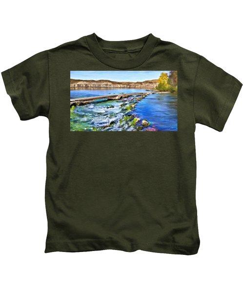 Giant Springs 3 Kids T-Shirt