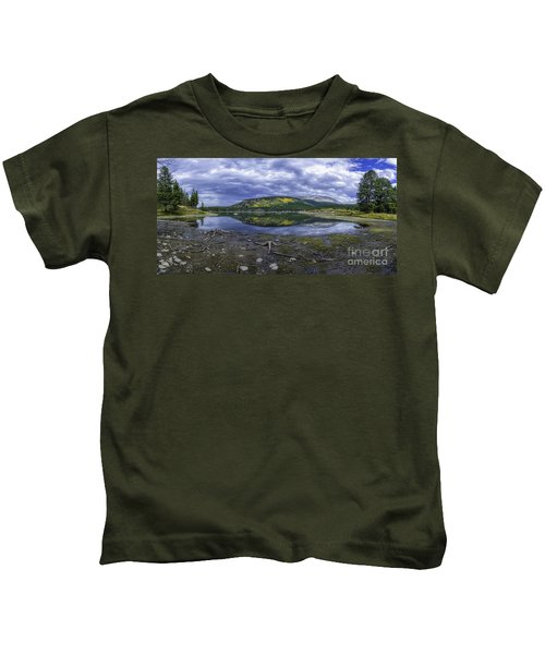 Goose Pasture Tarn Kids T-Shirt
