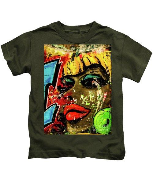 Graffiti_04 Kids T-Shirt