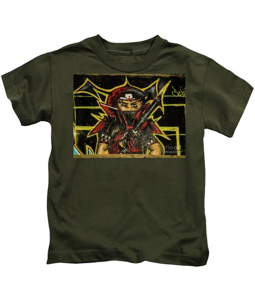 Graffiti_16 Kids T-Shirt