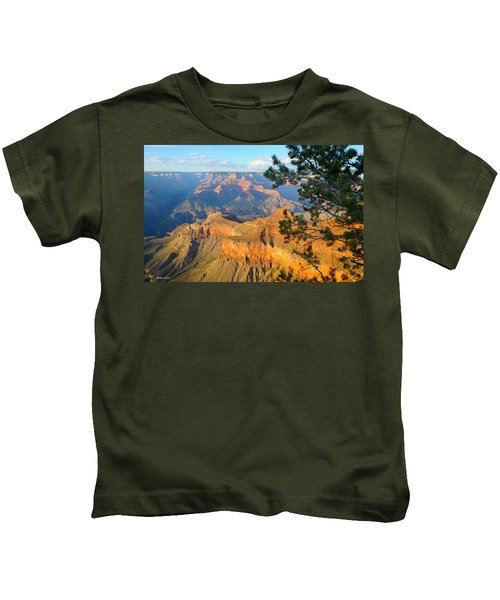 Grand Canyon South Rim - Pine At Right Kids T-Shirt